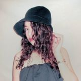 Blogger Charlene Gonzales - About Me.