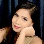Nazareth Uy-Santos - Youtuber.