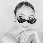 Blogger  Angela Arandela - Content Creator.